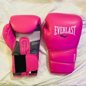 PINK Everlast Boxing Gloves never used